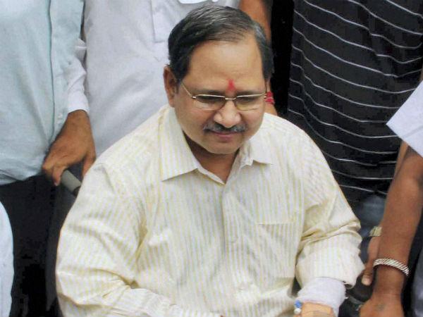 Ishrat case: IPS officer Pandey suspeded