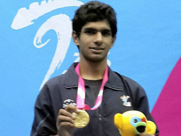 Kush Kumar wins squash gold