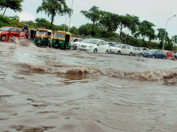 Flash floods kill two in Odisha