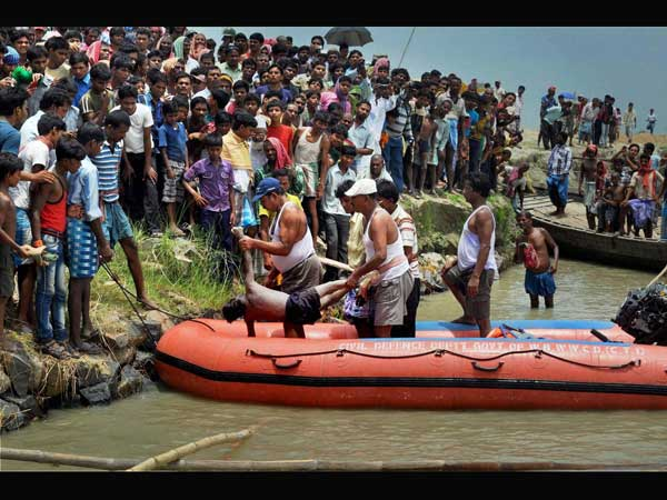 Body recovered from the Ganges river