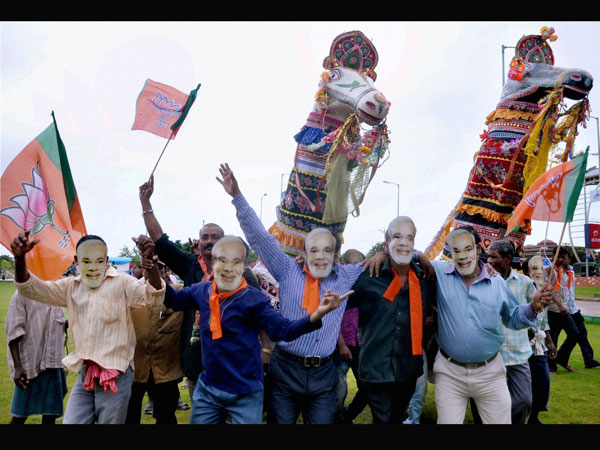 Govindas to wear 'Narendra Modi' masks!