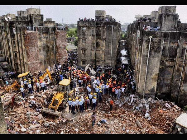 Vadodara: 7 killed in building collapse
