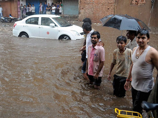 India to witness heavy rainfall in next