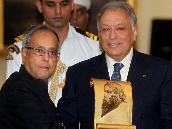 Zubin Mehta receives Tagore award