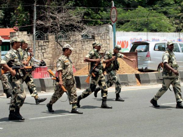 Hyd under police siege