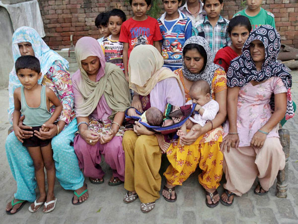 Riot victims take refuge at Kakra Shahpur