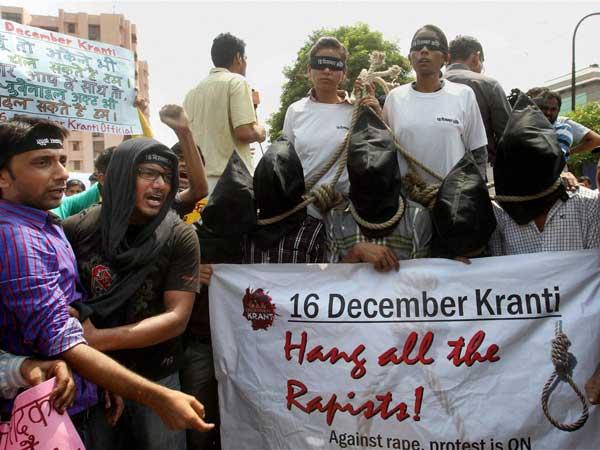 Nirbhaya case: Defence blames politics