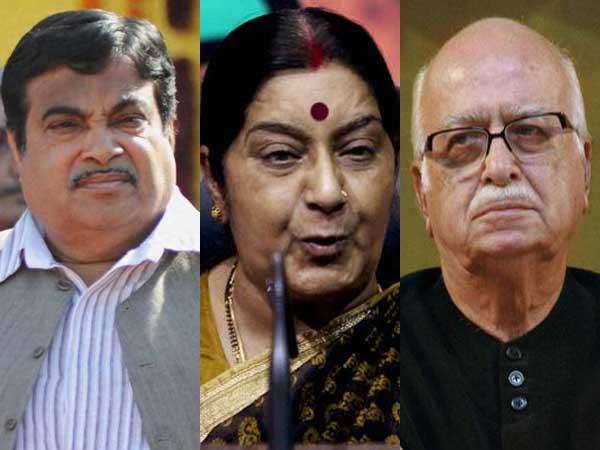 New Delhi: BJP top brass meet LK Advani