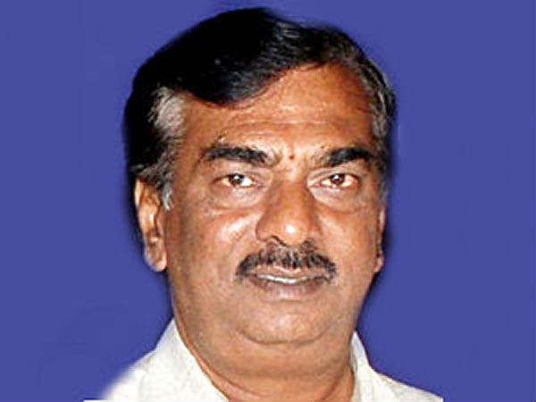 Min compares U R A with Poonam Pandey