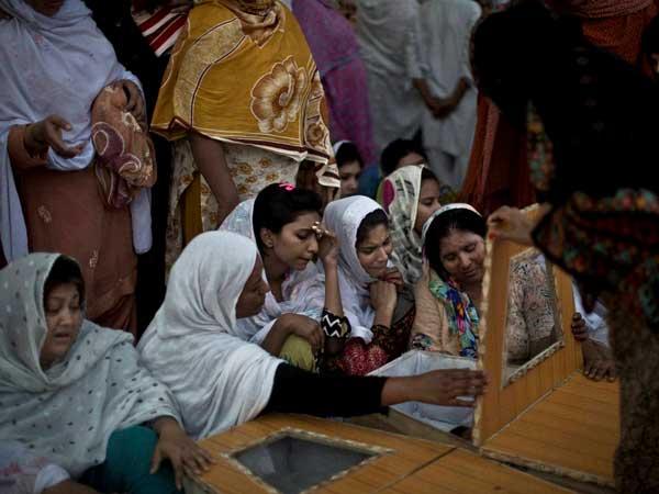 Pakistan: Death toll rises to 81