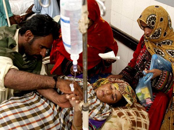 Pakistan earthquake death toll touches 348