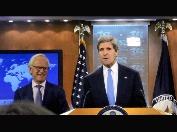 World powers hold  talks with Iran