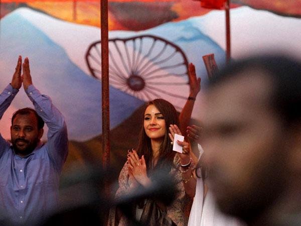 Miss Universe Olivia Culpo visits Tihar