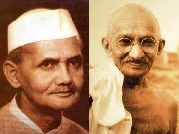 Top leaders pay tribute to Gandhi
