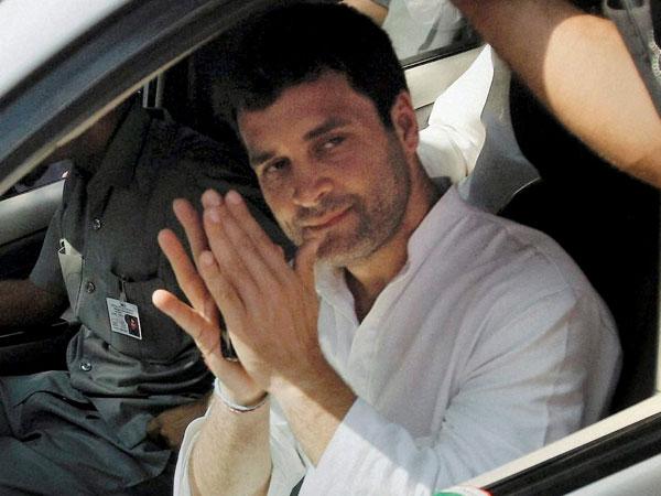 Polls: Rahul addresses Rajkot meeting