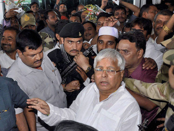 Lalu to appear before CBI for 2 scams