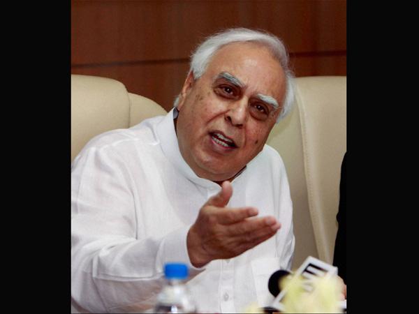 Kapil Sibal: Modi is like a bubble