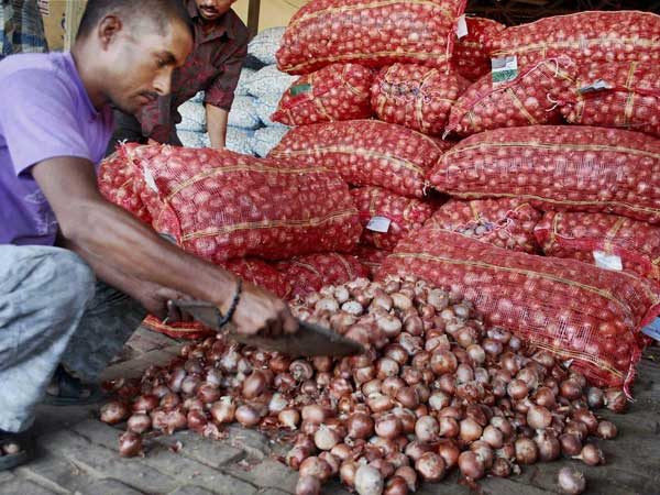 Onion woes continues in Delhi