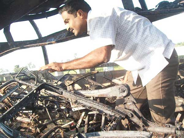 AP CM orders probe into bus fire