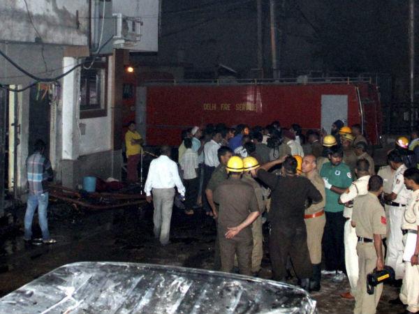 delhi-factory-fire
