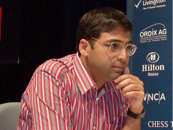 Anand, Carlsen sign peace treaty
