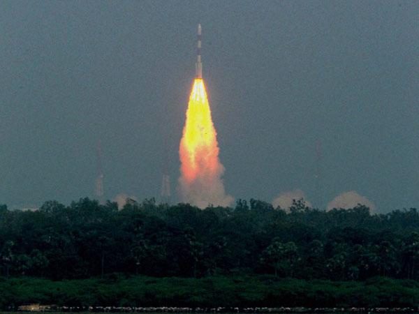 Mars satellite fails to rise orbit