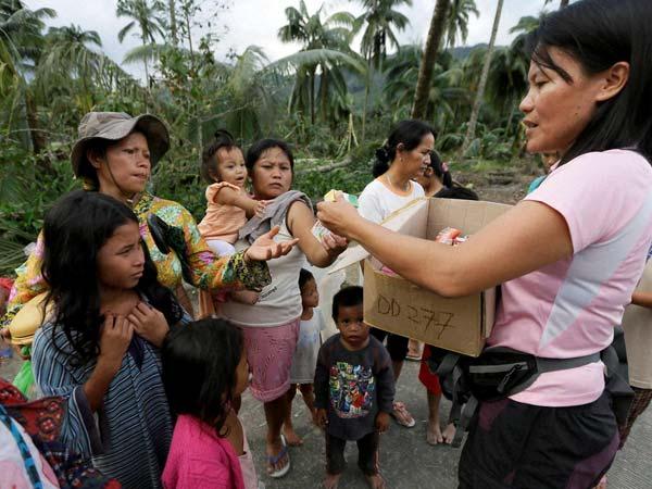 UNICEF helps Typhoon affected kids