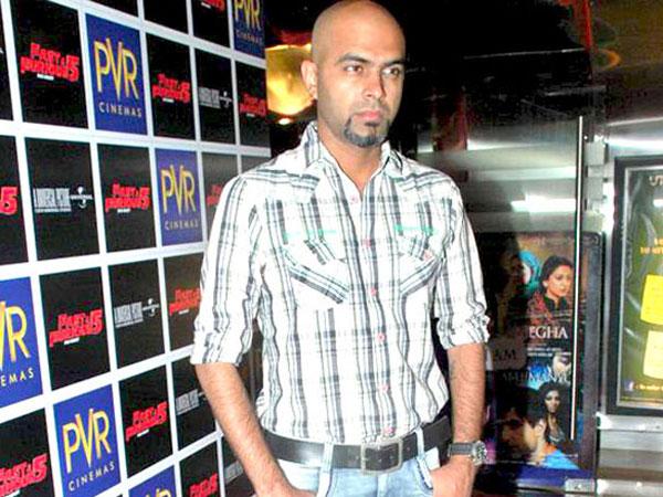 TV host Rajiv abuses Sushilkumar Shinde