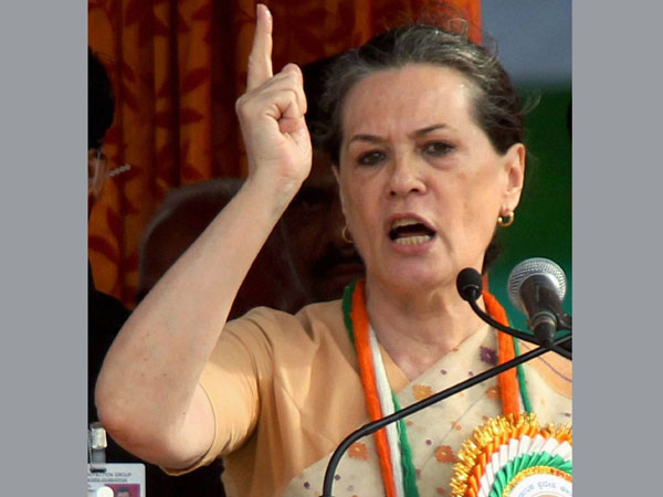 BJP daydreams of coming to power: Sonia