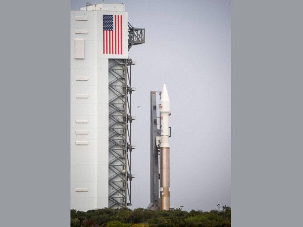 Mars mission rocket at launching pad