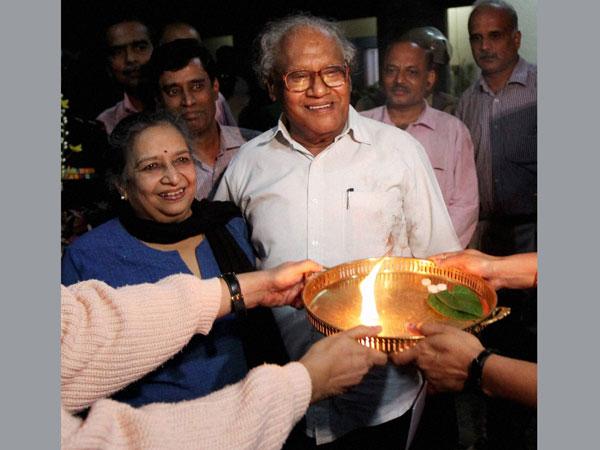 Prof CNR Rao makes Chintamani proud