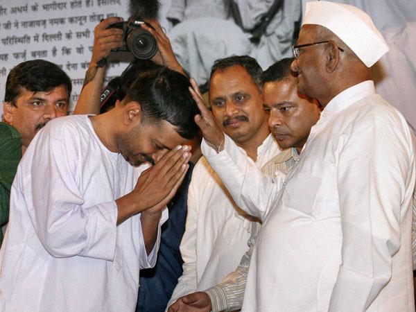 kejriwal-anna-hazare