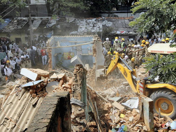 School collapses in Bangalore: 4 killed