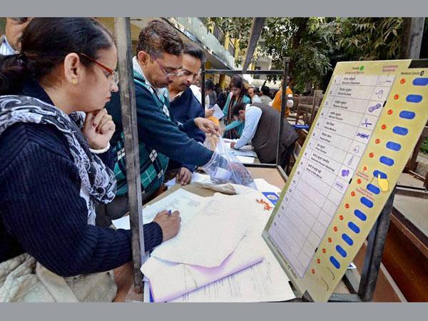 Delhi polls: 60 voting machines replaced
