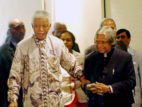 Nelson Mandela with the A.P.J. Abdul Kalam