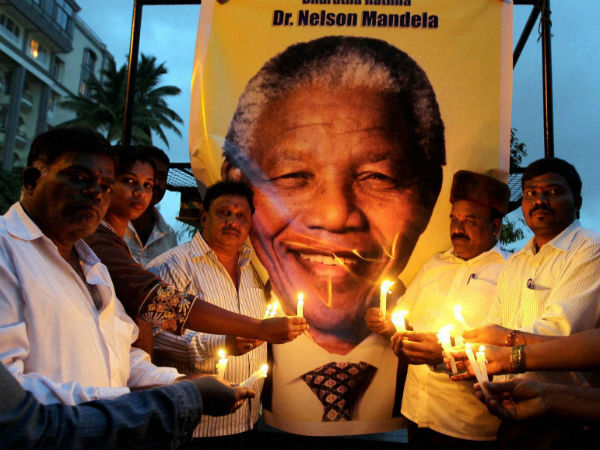 Outpouring of emotions as Mandela dies