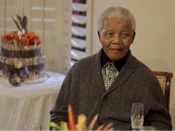 Prez Mukherjee condoles Mandela's death