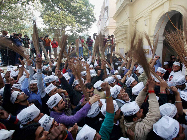 BJP, AAP celebrates victory in US