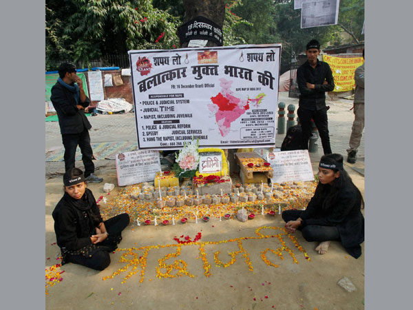 Candles lit on 'Nirbhaya' anniversary
