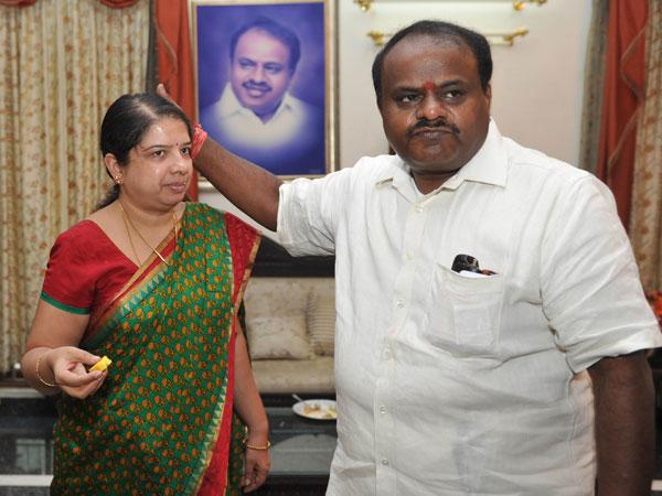 Wife of karnatka chief minister kumar swami - 4 2