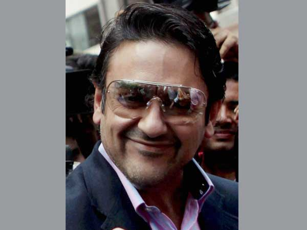 HC asks Adnan Sami to hand over passport to police