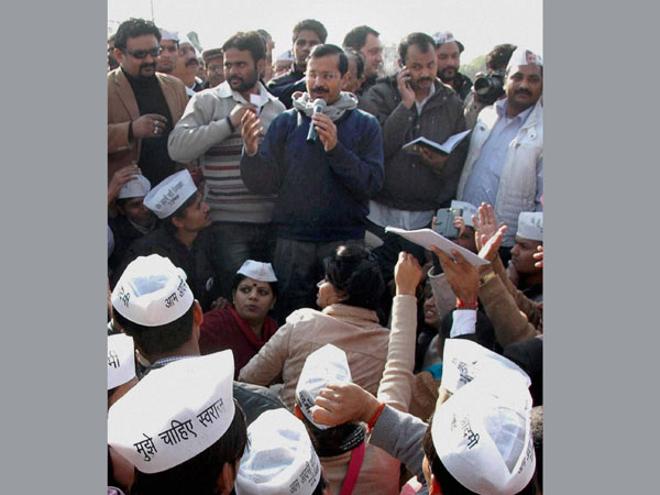 AAP takes charge of Delhi: Updates
