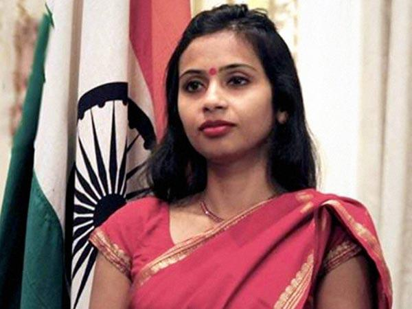 Diplomat Devyani sends letter to colleagues, recounts her ordeal