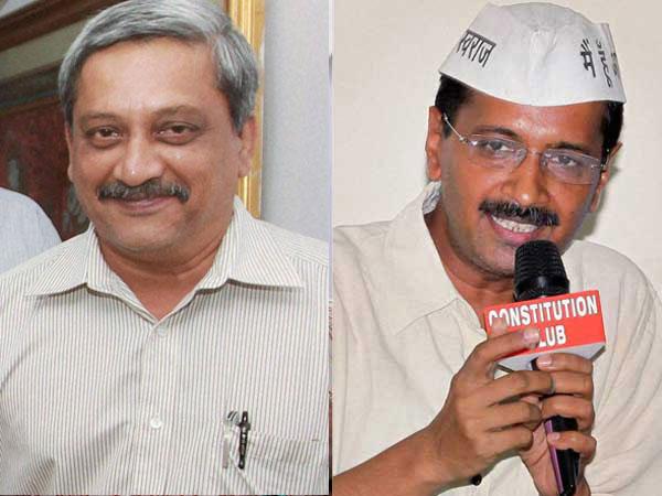 Parrikar praises fellow IITian Kejriwal