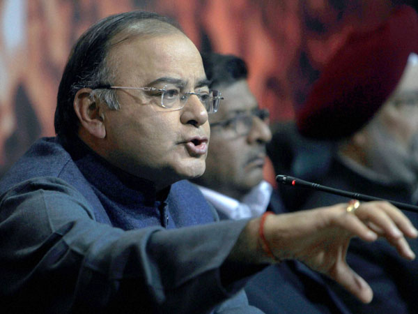 Jaitley sends 5 questions to PM