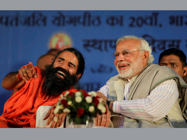 Gujarat Chief Minister Narendra Modi and Yog guru Ramdev at the 5th foundation day celebrations of