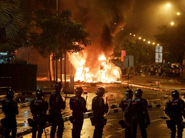 Singapore: Indians allege police abuse