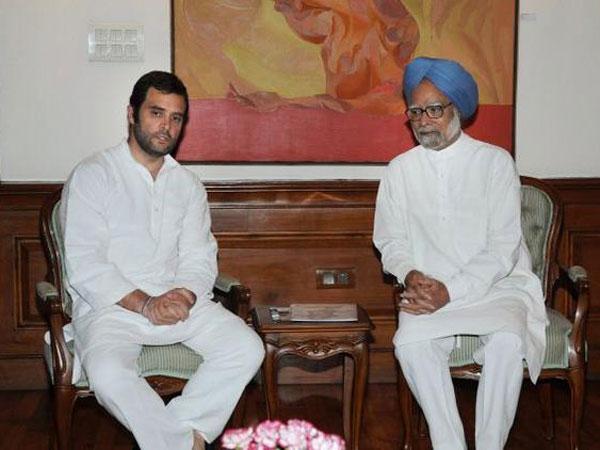 Rahul Gandhi with Manmohan Singh