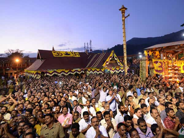 Atmosphere was filled with chants of 'Swamiye Saranamayyappa'