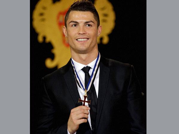 Portugal: Ronaldo awarded top honour